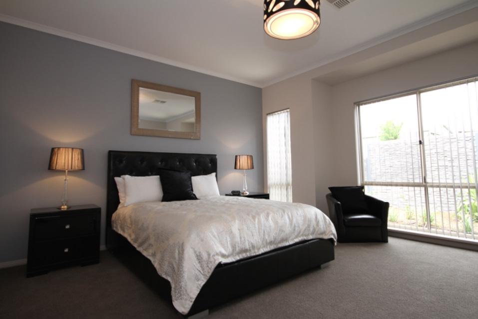 Casavino Chardonnay Master Bedroom
